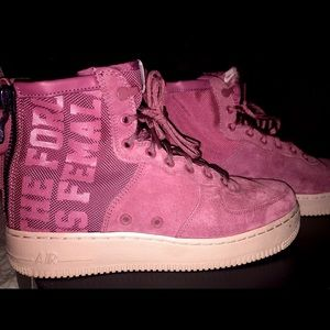 Air Force 1 Mids